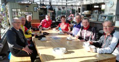Tourenradler geniesen Radtour